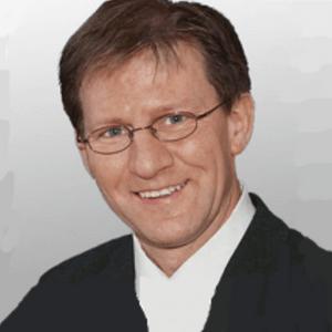 (Dr. Niklas Bartling)